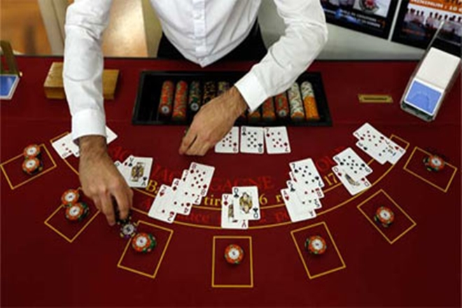 Four Efficient Methods To Get Extra Out Of Gambling